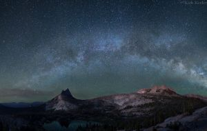 Cathedral Milky Way_flatten.jpg